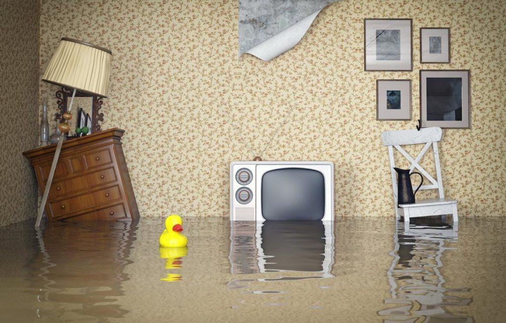 По делу о причинении ущерба заливом квартиры. Взыскана крупная денежная компенсация