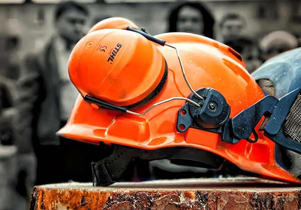 Защита прав работника, пострадавшего от несчастного случая на производстве